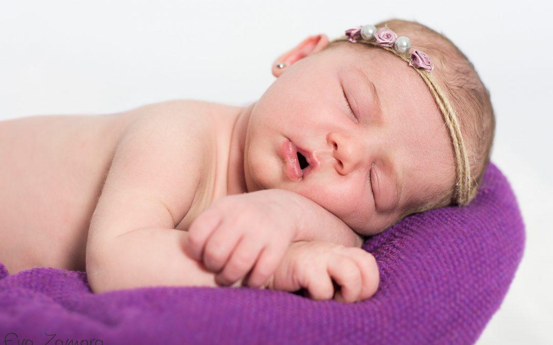 Sesión recién nacido: Jara, 18 días