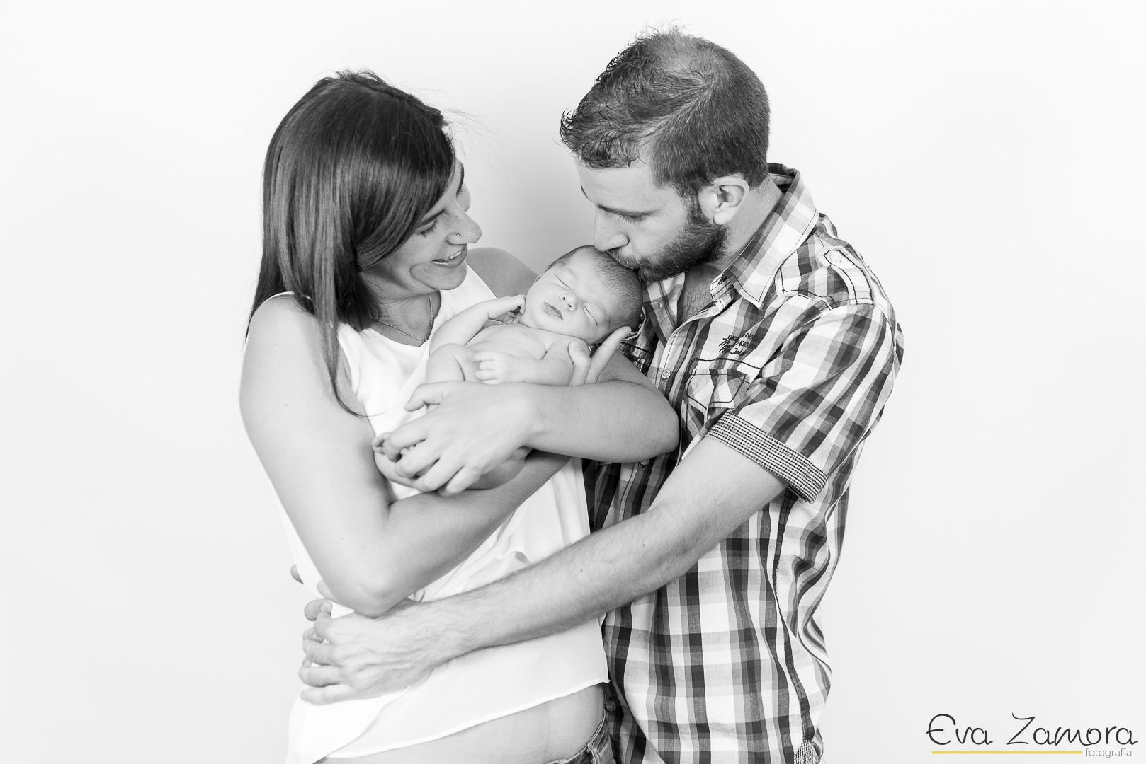 Sesión fotográfica de recién nacido