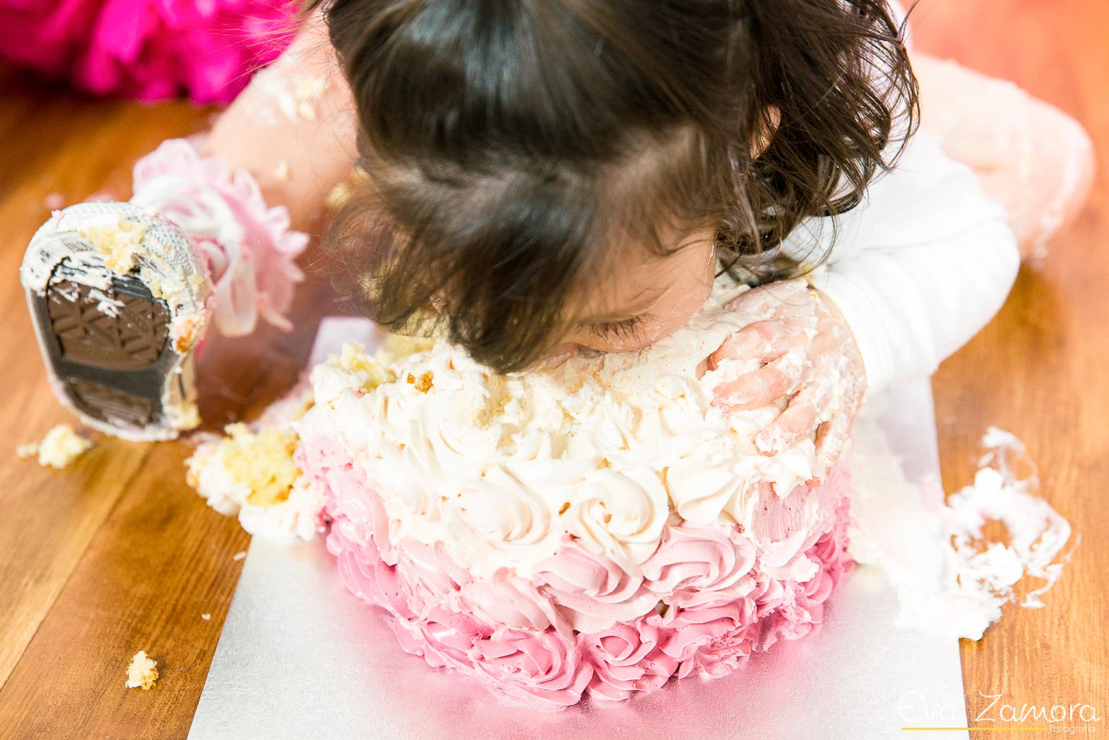 Sesión smash cake_Eva Zamora fotografía